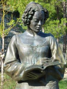 Isabella Morra, statua a Valsinni