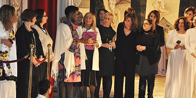 Viole per Enza al Teatrino di Corte della Villa Reale, Monza