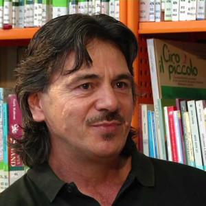 Milton Fernandez Editore e poeta